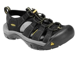 These are my 'stealth' sandals, they look enough like shoes that I can avoid peoples opprobrium over what they consider to be 'inappropriate' footwear for the season.