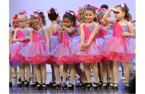 childdancers
